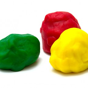 Игры с  пластилином. Поделки из пластелина